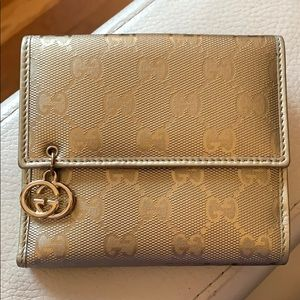 GUCCI ⚜️ Gold Metallic Leather French Wallet